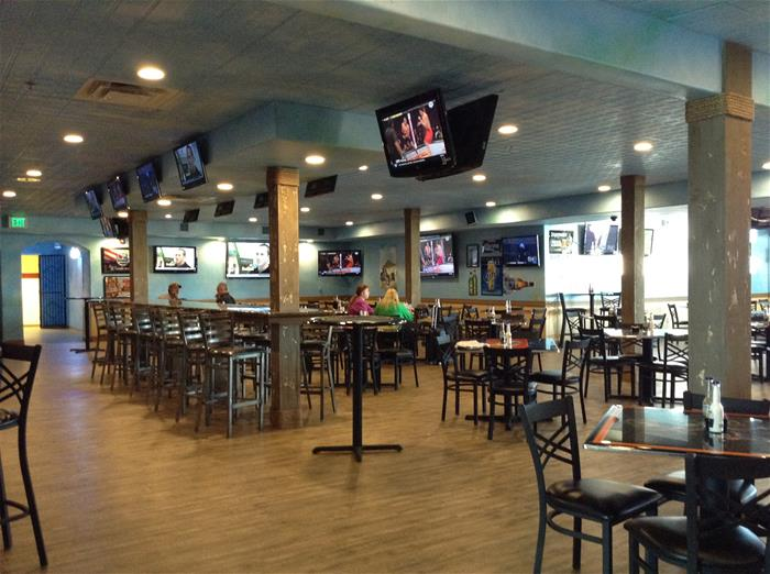 Come Visit The Newly Reopened Remodeled Restaurant No Worries Sports Bar And Grill Located At 1298 W Navajo Right Next Door To Airport Terminal